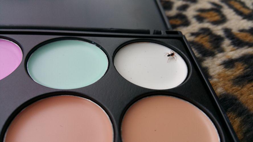 Maandoverzicht makeup